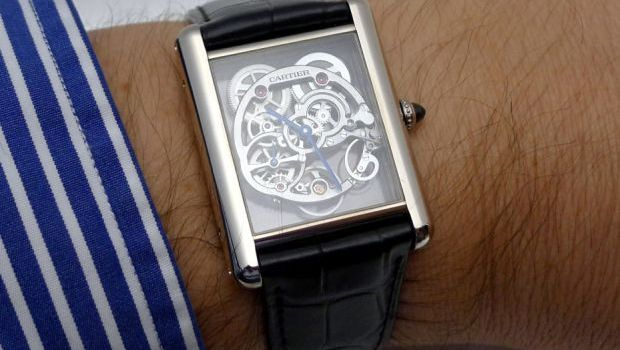 Louis Cartier Tank Squelette Saphir : Traditions et innovations ne font qu'un