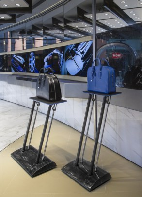 Bugatti-Lifestyle-Collection-London-Flagship-7