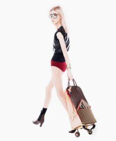 Louis-Vuitton-Louboutin-Shopping-Trolley-2