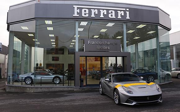 Customized-Ferrari-F12berlinetta-4