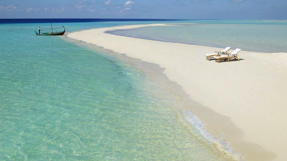 Four-Seasons-Resort-Maldives_at-Landaa-Giraavaru (7)
