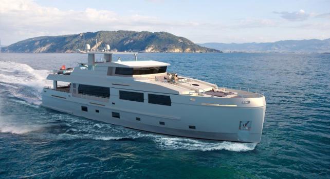 Mengi-Yay Serenitas : Ce petit Yacht a tout d'un grand