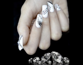 Images-Luxury-Nail-Lounge-1-1024x806
