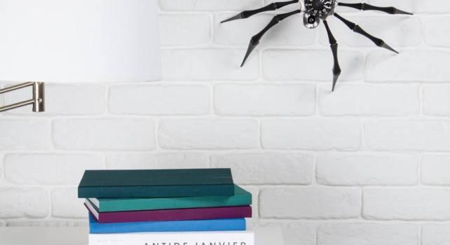 MB&F Arachnophobia : Un réveil en forme d'araignée géante