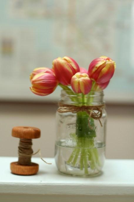 jessica-pevzner-tulips