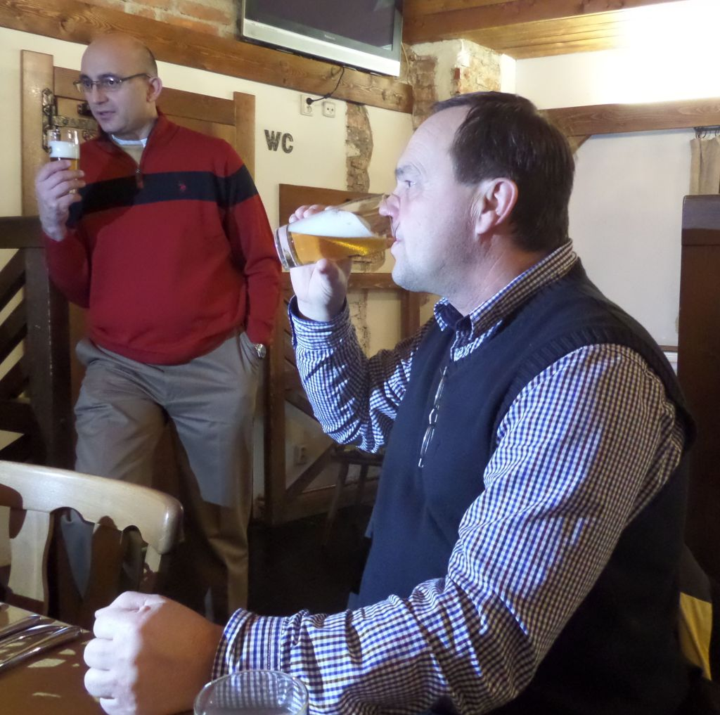 Cerna Hora Brewery Brewmaster tasting product at Hotel Sladovna restaurant - Photo Kissam