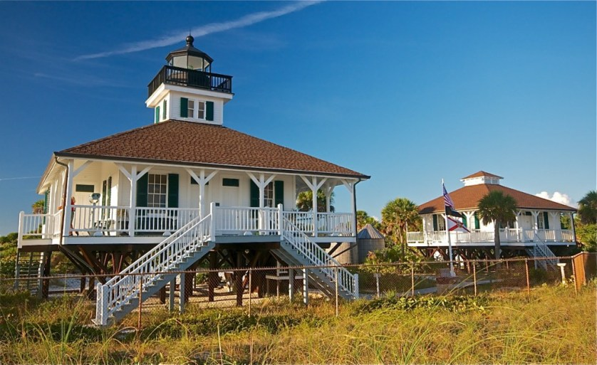 A landmark lighthouse at the edge of the island keeps watch over the glorious waters and sugar white sands along the Gulf of Mexico.