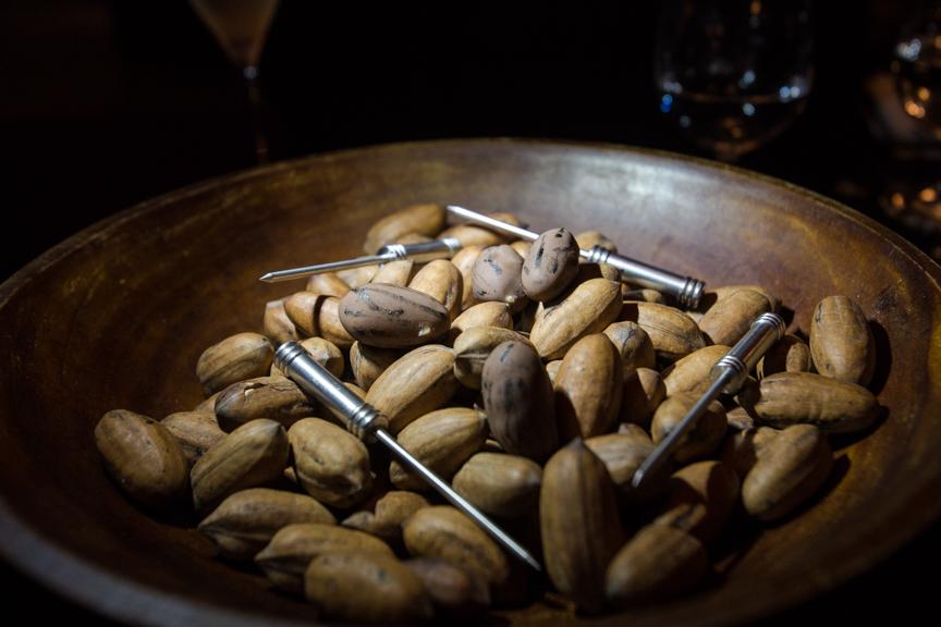 Mysterious Nuts Le Chique, Azul Sensatori