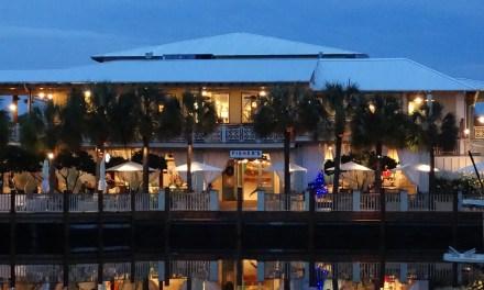Emeril Reacts to Fisher's Menu in Orange Beach, Alabama