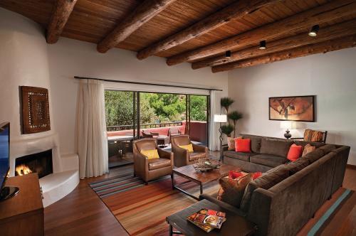 Cozy Southwestern ambiance