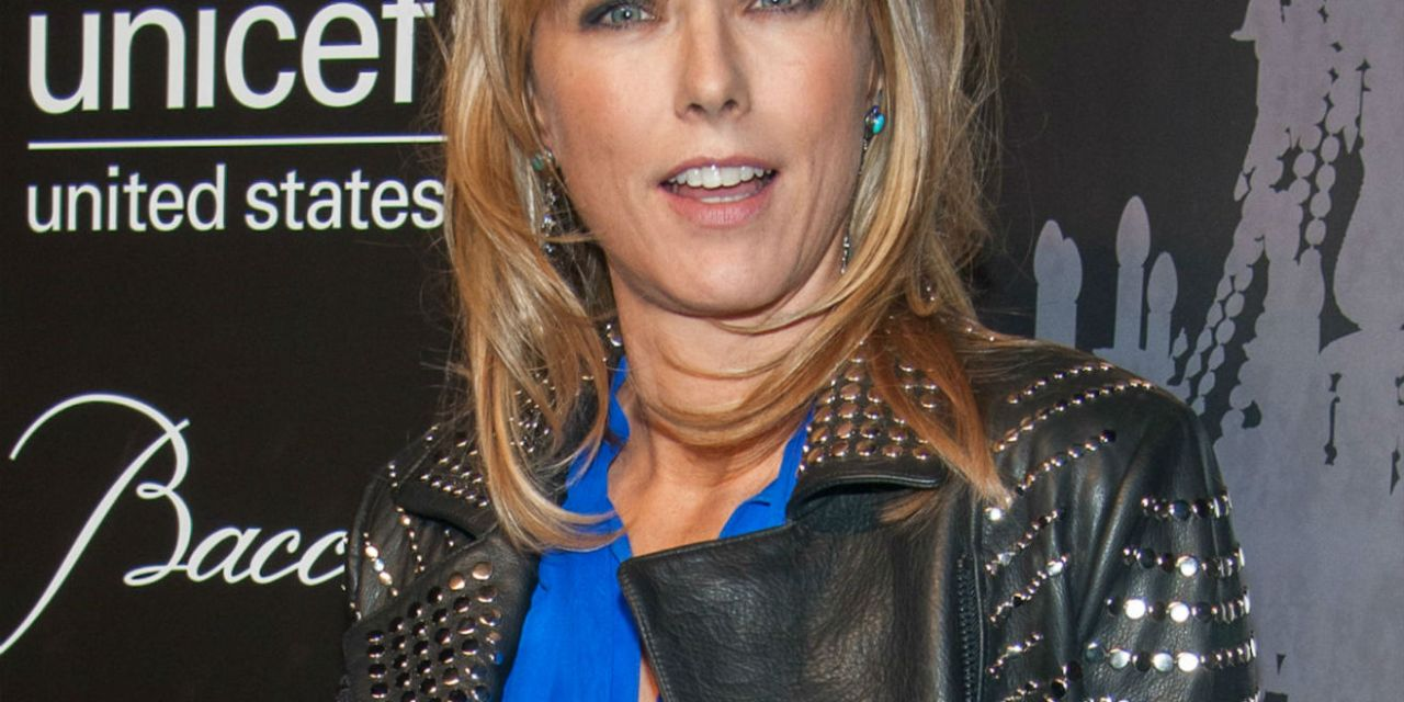 What do Téa Leoni, Carrie Ann Inaba, Colin Cowie, and Kim Vo Have in Common—Aqua Tan