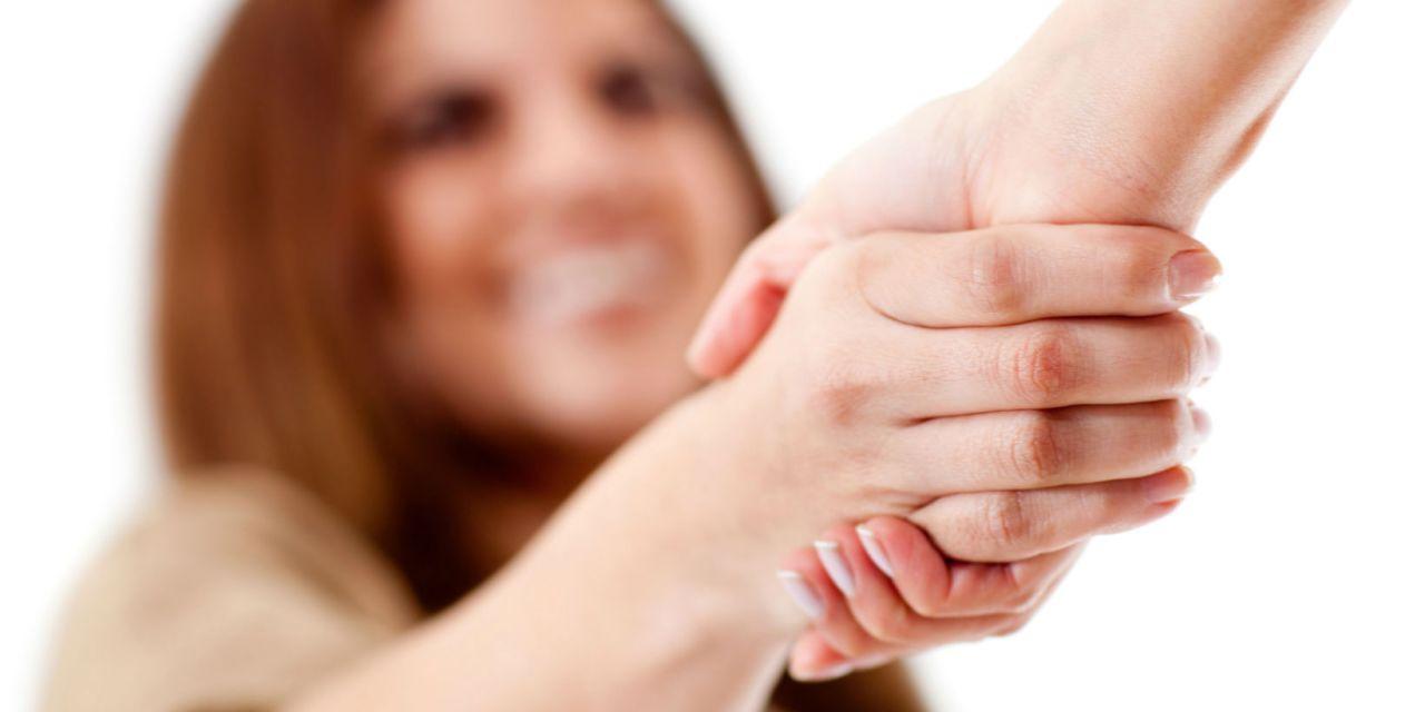 Global Etiquette  Handshakes And Greetings Worldwide -1675