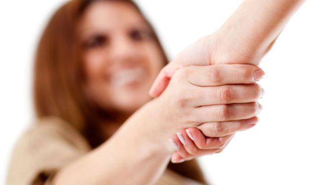 Global Etiquette – Handshakes and Greetings Worldwide