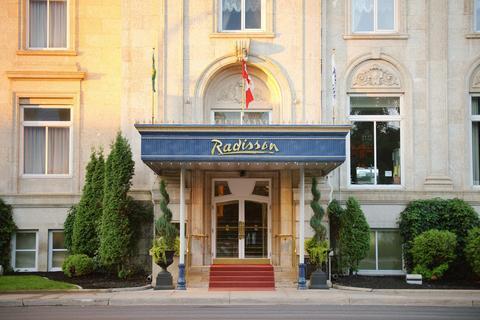 Welcome to the Hotel Saskatchewan