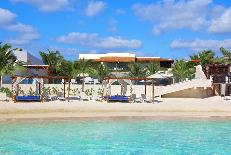 Leah Walker_Winter Destinations_Beach Riviera Maya