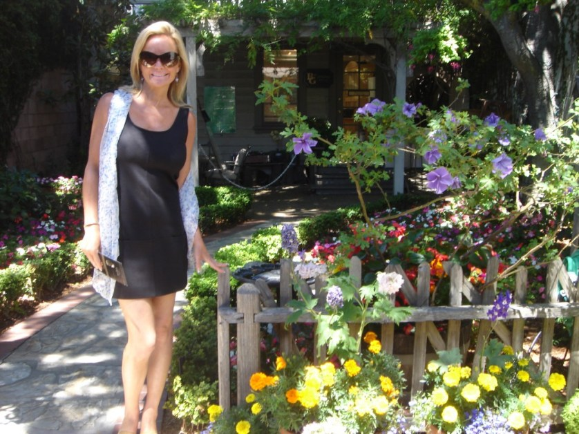 Thomas Kinkade Garden & Gallery