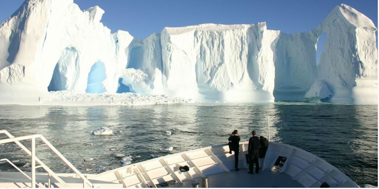 Charter Luxury Private Yacht To Explore Antarctica