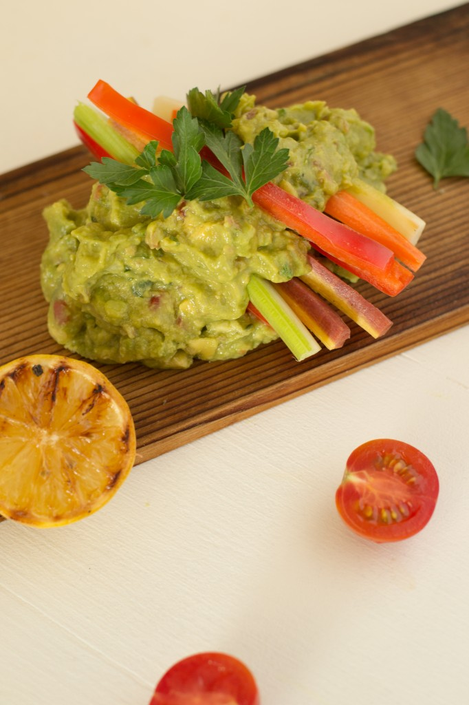 Denise's-Hit-Guacamole-with-Veggies