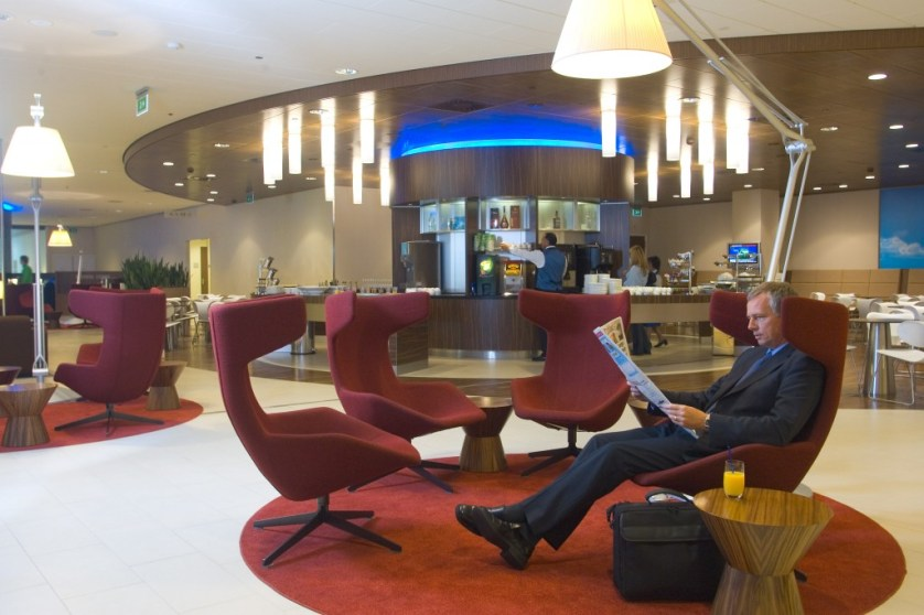Luxe Layovers AMS - Lanier-Graham - KLM Crown Lounge Schiphol - by KLM