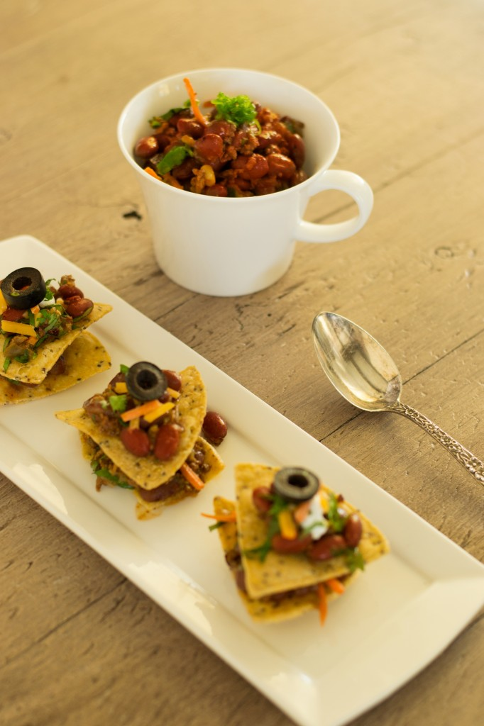 Veggie-Chili-and-Skinny-Nachos
