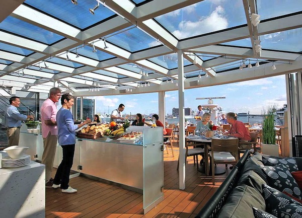 Alfresco dining onboard