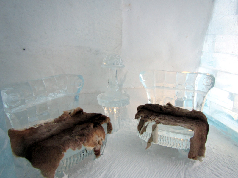 chairs made of ice at Hôtel de Glace