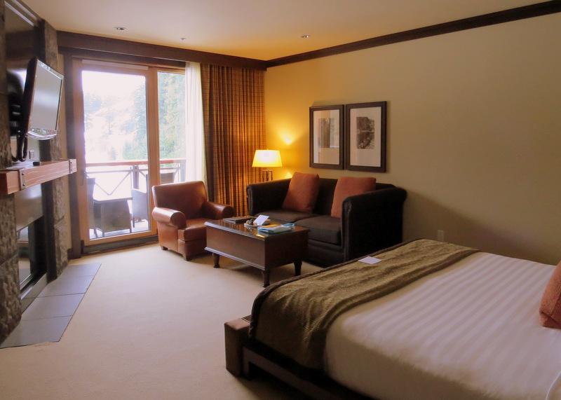 Guest room Nita Lake Lodge
