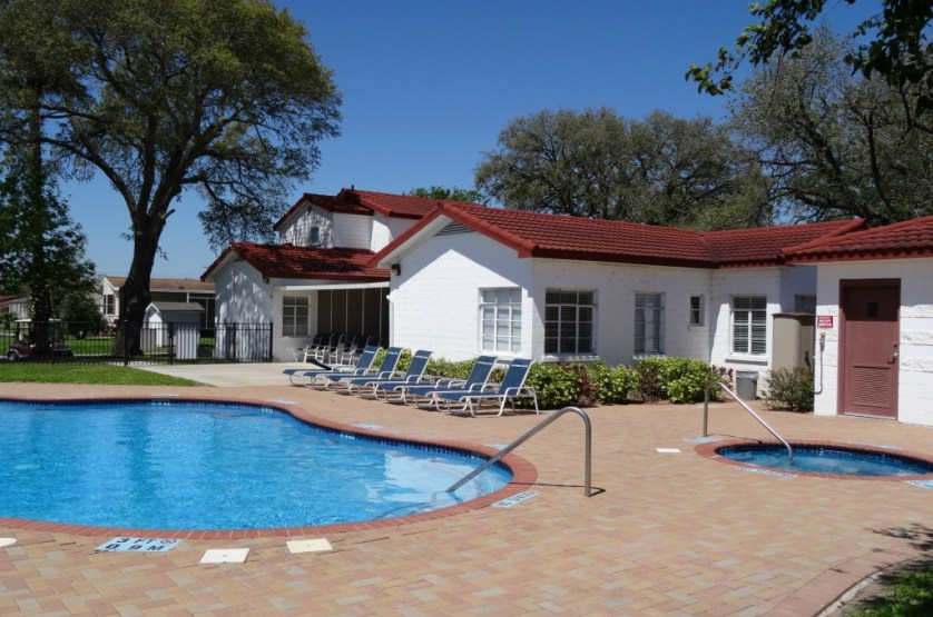 One of four swimming pool & hot tub combinations