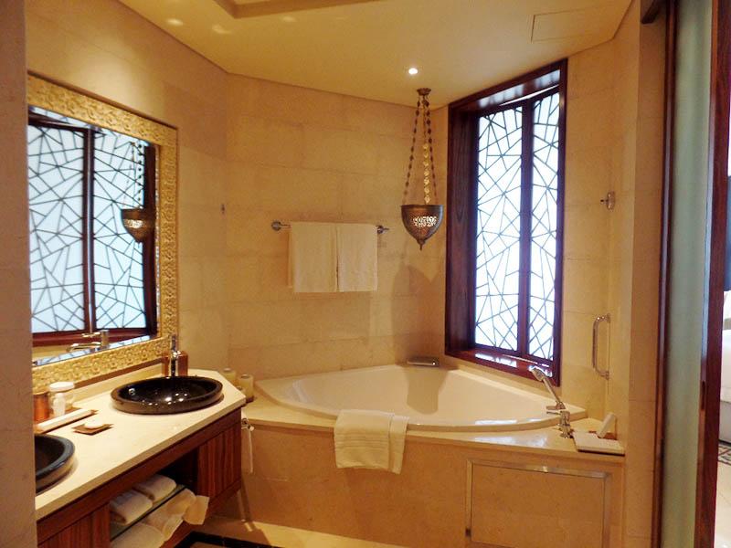 Raffles Dubai Bathroom