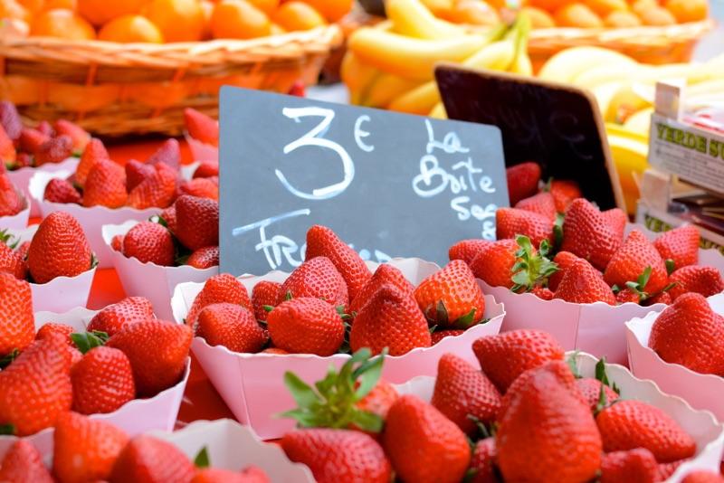 Leah Travels France_Market_November
