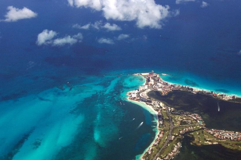 Cancun from the air ©Lisa Chritine Tam