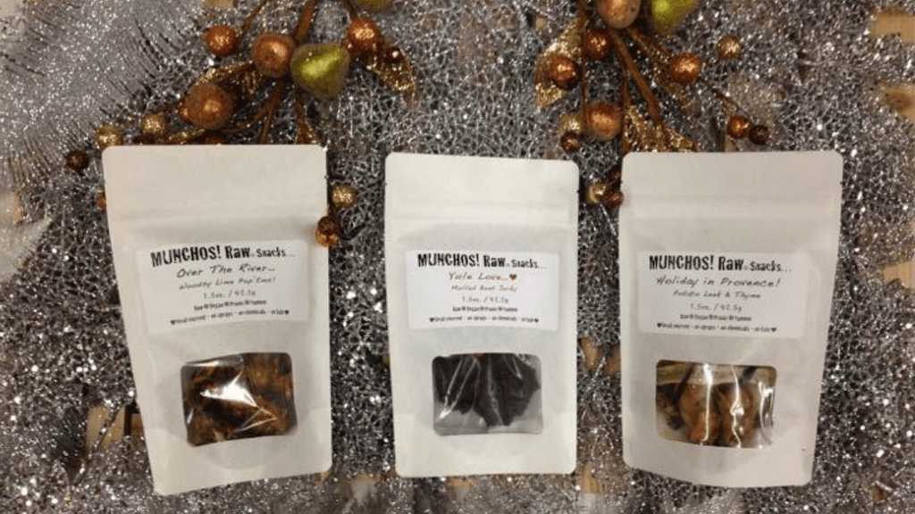 Diet-Friendly Holiday Snacks from MUNCHOS!