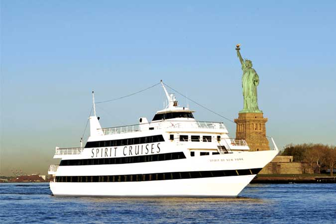 Enchantment Aboard the Spirit of New York Dinner Cruise