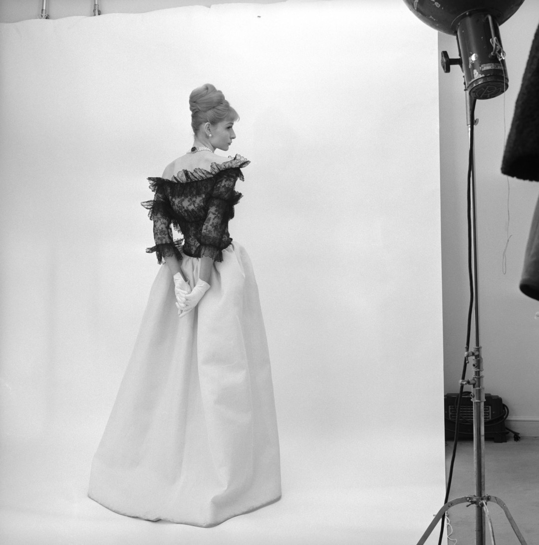 Evening dress, Crist+¦bal Balenciaga, Paris, 1962. Photograph by Cecil Beaton, 1971 -® Cecil Beaton Studio Archive at Sotheby's