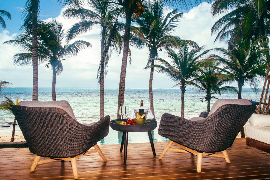 Yemaya Island - oceanfront pool villas