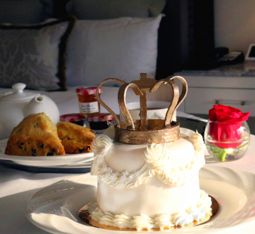 Royal Wedding Breakfast in Bed at the Lotte New York Palace - Luxe Beat Magazine