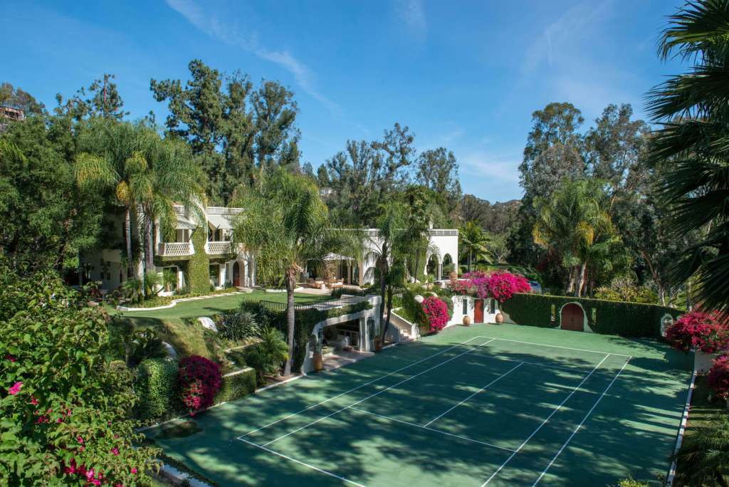 Cher's Original Mansion