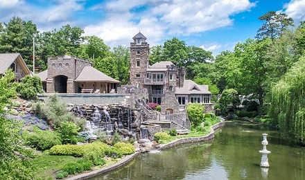 New York Yankees Derek Jeter's Castle