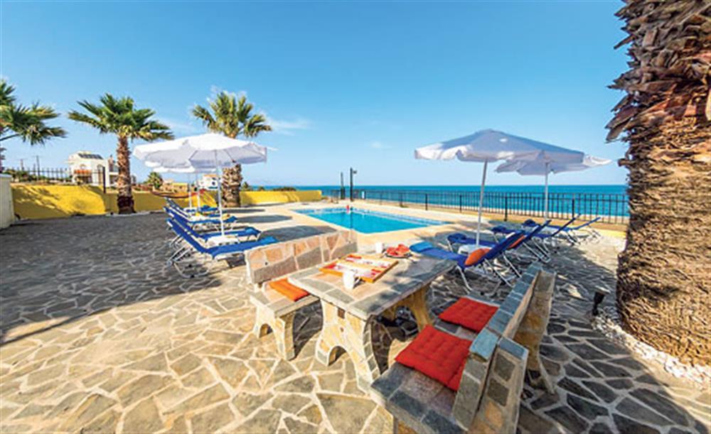 villa-blue-asteri-gennadi-rhodes-garden-swimming-pool-and-sea-views