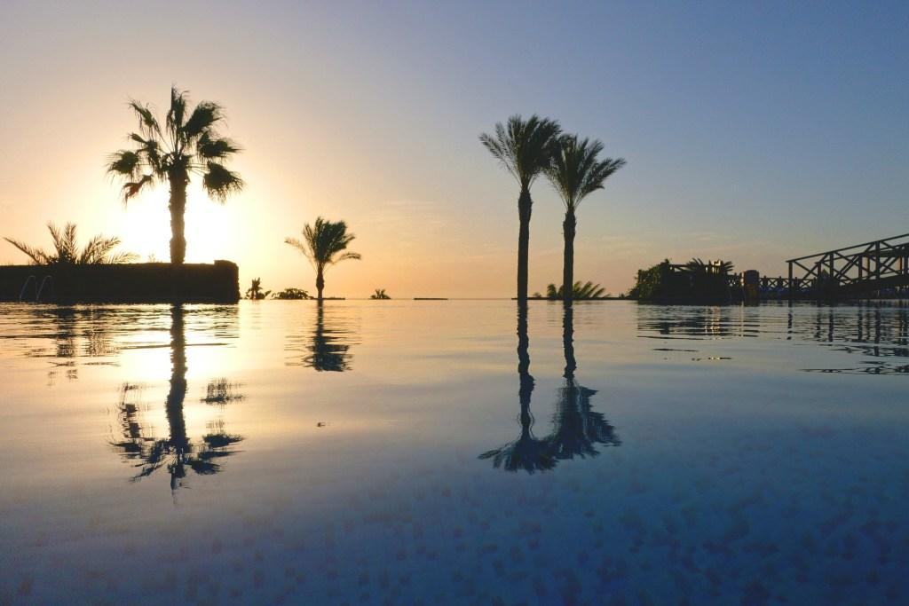 swim-out pools