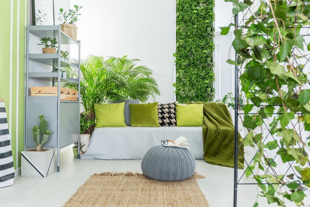 vertical indoor gardens