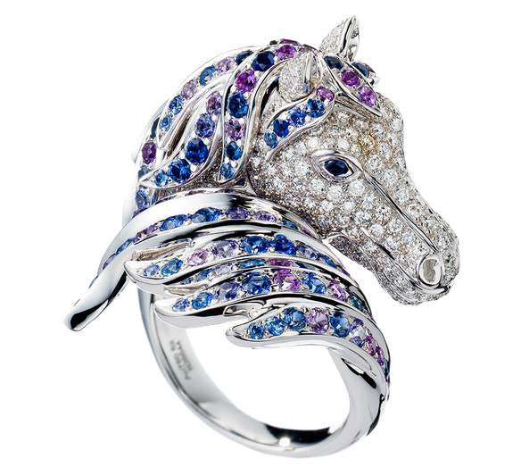 Ring Horse