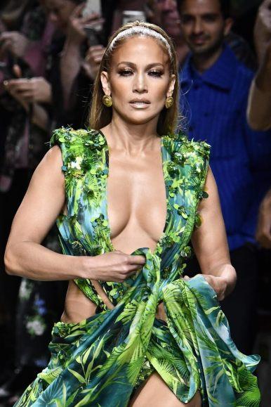 8 Jennifer Lopez