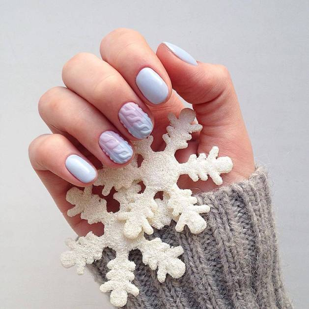 What should be your perfect New Year's manicure