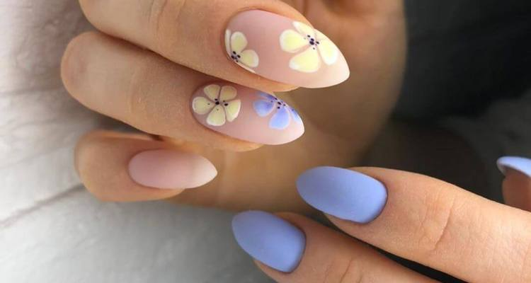 The magic of the gradient Summer Nail Designs
