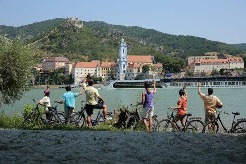 AmaWaterways   Danube - Durnstein Bicycle Tour