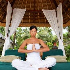 LuxeGetaways_Stock_Yoga
