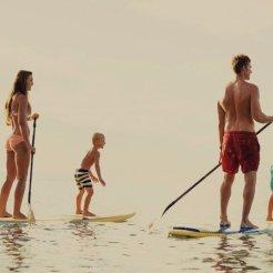 LuxeGetaways_Stock_Paddleboard