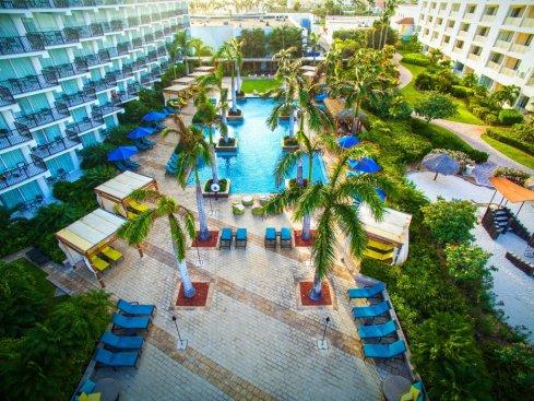 LuxeGetaways | Courtesy Aruba Marriott Resort & Stellaris Casino - Pool