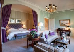 LuxeGetaways_Courtesy_Brenners-Park-Hotel-Spa_Suite